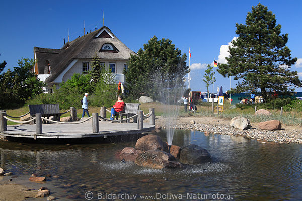 Dahme Fontänen am Teich vor Haus Deichgraf am Nordstrand