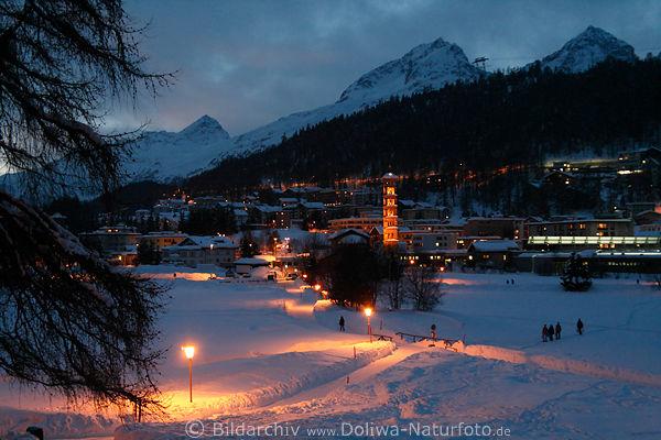 St. Moritz-Bad Winter romantische Schneewege Nachtlichter Foto