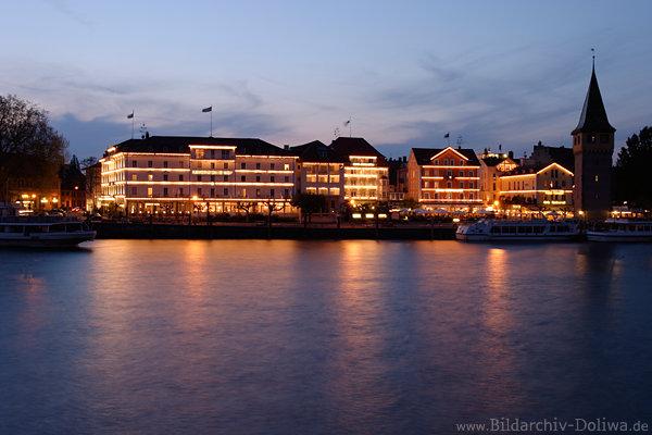 Lindau hafen romantik image nachtlichter spiegelung in for Designhotel lindau