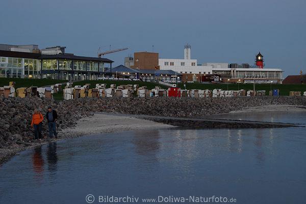 B sum spaziergang am leuchtturm foto nordsee strand hotel for Gunstige hotels nordsee