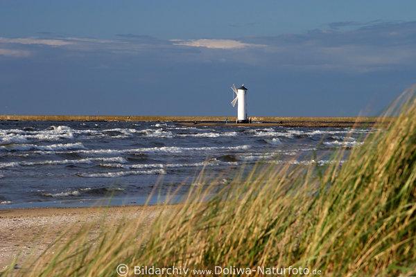 Ostsee K 252 Ste Bild Mit Leuchtturm Wei 223 E Leuchtbake D 252 Nnen
