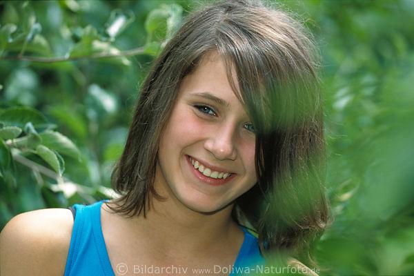 Mädchen Foto, Mädel Portraet, model, Maedchen im Grün der