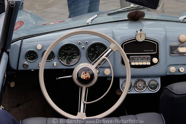 Porsche 1500 Oldtimer Foto Innenraum Blick Auf Lenkrad